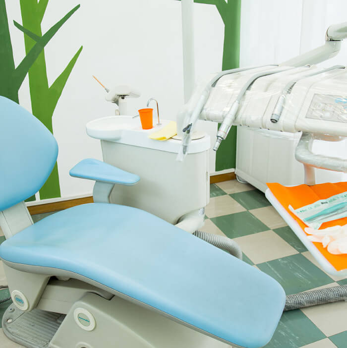 Francesca-Ferrati-wedding-photographer-Verona-interior-studio-dentistico1