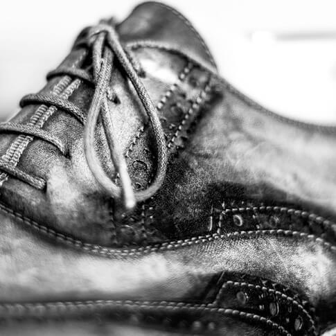 Francesca-Ferrati-wedding-photographer-Verona-still-life-shoes-tonino-cannucci4